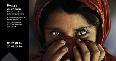 Il mondo di Steve McCurry alla Reggia di Venaria