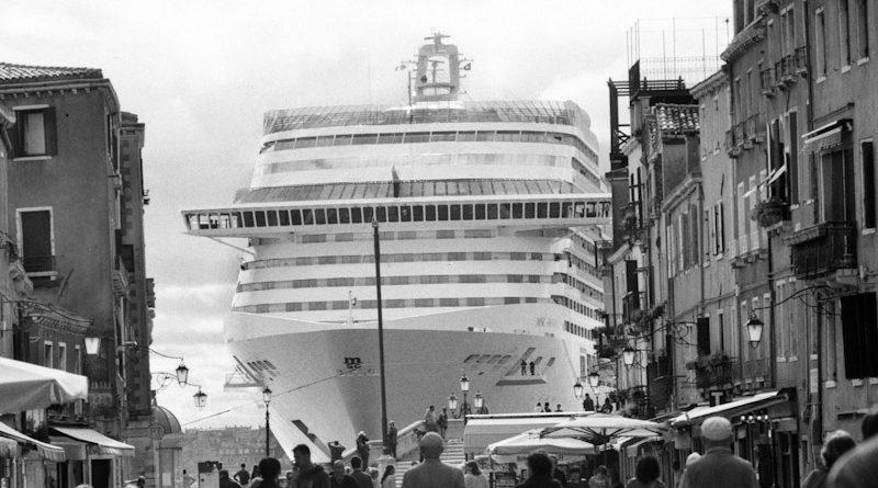 Venezia, 2013-2015. Bacino San Marco, visto da via Garibaldi